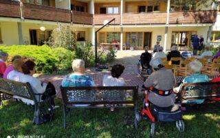 I v létě v Sociálních službach města Lovosice to žije…